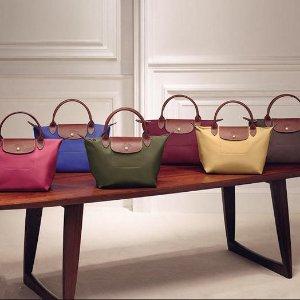 $119.99(原价$145)  6色可选Longchamp 女士长柄珑骧包热卖