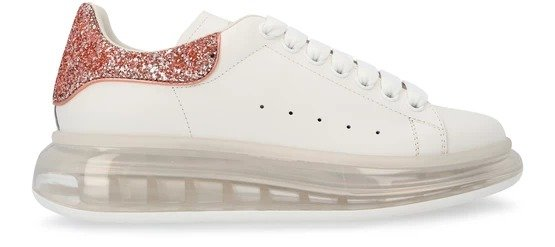 透明底小白鞋