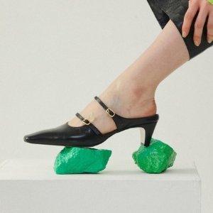 低至3.9折+额外9折+新人9折新品上市:W Concept 单鞋正当道 复古方头这里收