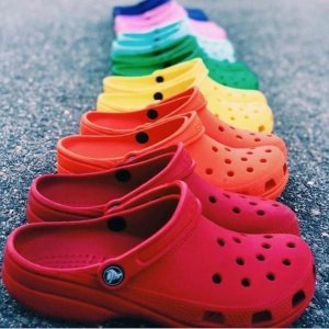 Extra 10% Off + 30% OffSitewide @ Crocs