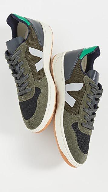 V-10 板鞋