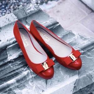 独家满额67折,蝴蝶结鞋只需£257Salvatore Ferragamo 菲拉格慕美包美鞋中秋闪促
