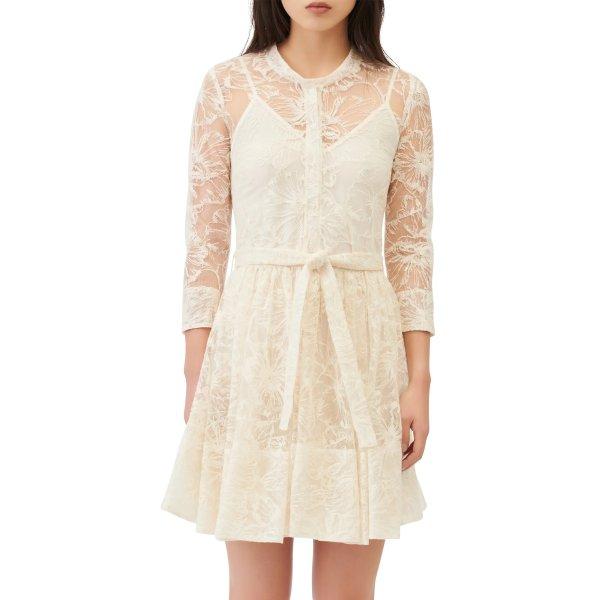 Lace Tie 连衣裙
