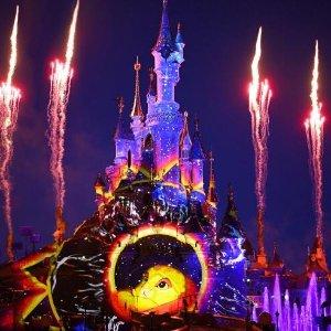 低至每人€179起巴黎迪士尼乐园两日游 含主题酒店两晚