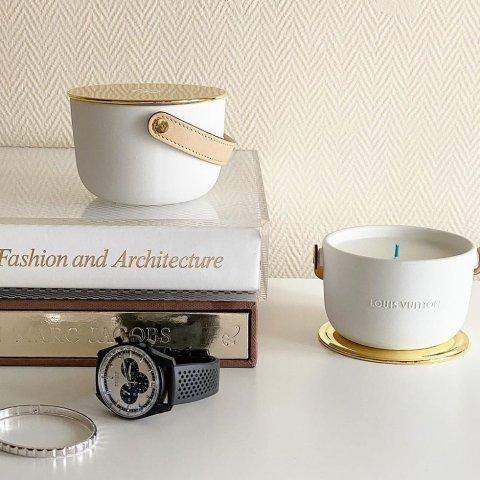 三个mini套装€270Louis Vuitton 高奢香薰蜡烛 提升幸福感的小物件