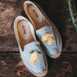 柠檬平底鞋
