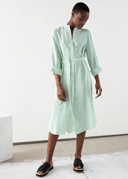 清新绿条纹连衣裙