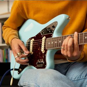 免费获取 0元速成乐器手钢琴、吉他、尤克里里、贝斯等云课程上线