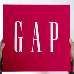 低至3折+额外6折+再9折限今天:Gap 官网男女,儿童 休闲时尚服饰特卖