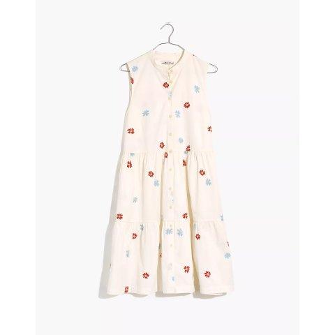 雏菊刺绣连衣裙