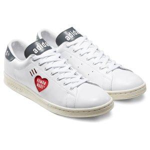 Adidas爱心小白鞋