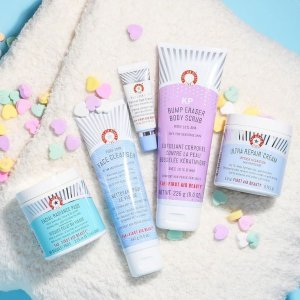 20% Off +Free shippingFirst Aid Beauty Friends & Family Sale