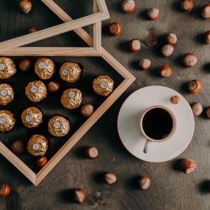 24枚费列罗仅£5.7Ferrero Rocher 费列罗巧克力 UK打折&折扣 | 实现费列罗自由