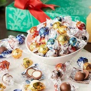 $28.95(现价$35.77)Lindt Lindor 四种混合口味软心巧克力球1.98磅 节日有它好甜