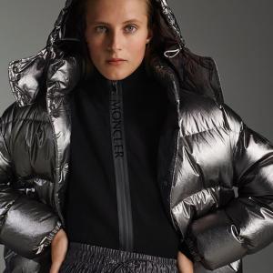 5折起+全场7.5折 £402起收最新羽绒服折扣升级:Moncler 新款大促持续降价 羽绒服界扛把子 跟臃肿的冬天说拜拜