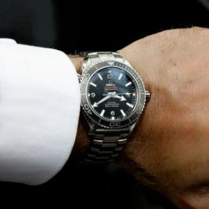$3245OMEGA Seamaster Automatic Chronometer Black Dial Mid-Size Watch No. 232.30.38.20.01.001