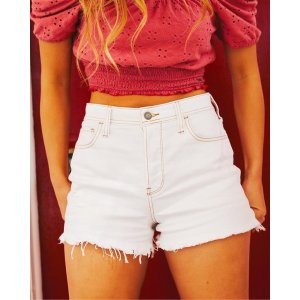 HollisterVintage Stretch Ultra High-Rise Denim Mom Short 3 in.