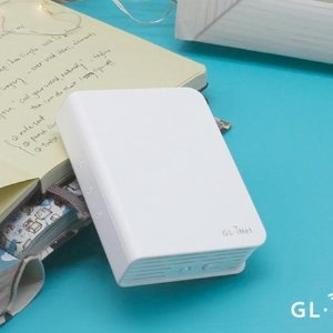 Supports 2.4/5 GhzGL.iNet GL-AR750 Travel Router
