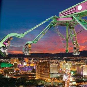 $15起 体验350米高塔顶游乐场的刺激拉斯维加斯 平流层塔门票+塔顶游乐场项目无限次数套票