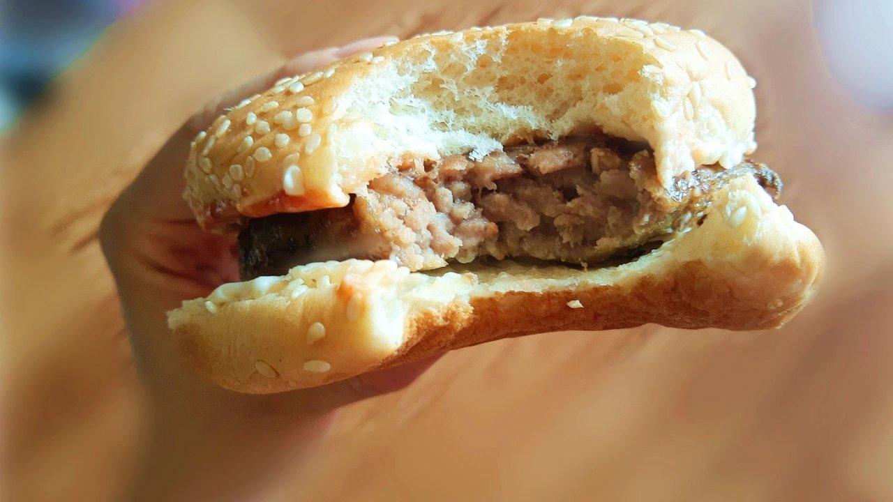 怎么用速冻食品做出比麦当劳还好吃的快餐?英式美式通通安排,懒人必看!(附香喷喷的实拍图)