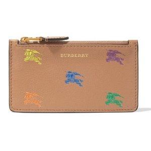 $240(原价$480)近期好价:Burberry 超水心彩虹标粉色卡包