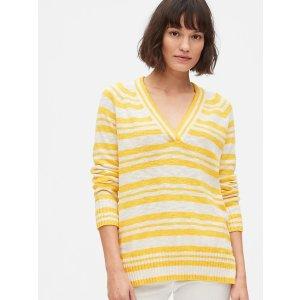 GapV领条纹毛衣