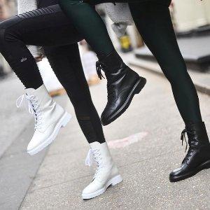 6折 虞书欣同款运动鞋$225最后一天:SW美鞋特卖 Mckenzee工装靴$450 收坤坤、锦衣夫妇同款