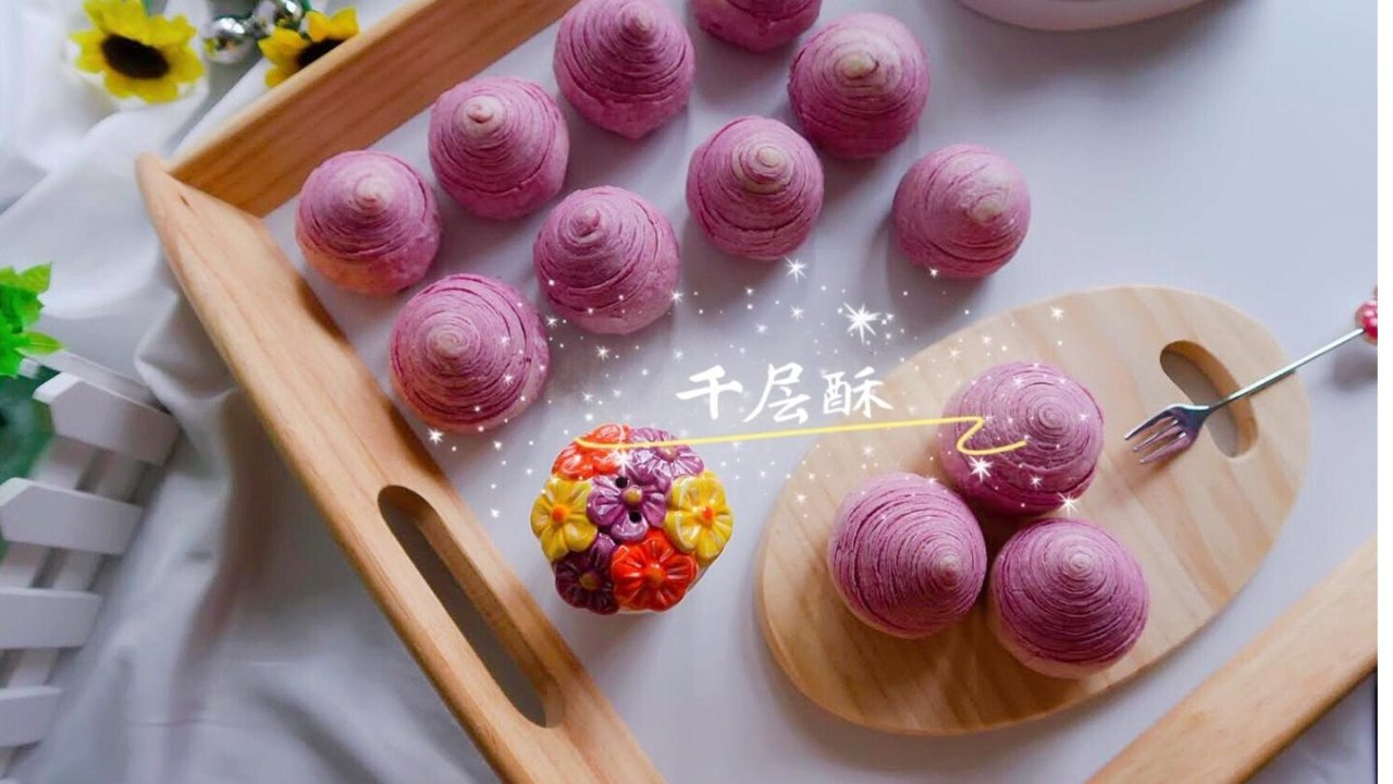 紫薯千层酥🆚抹茶千层酥 | 来点春天的颜色