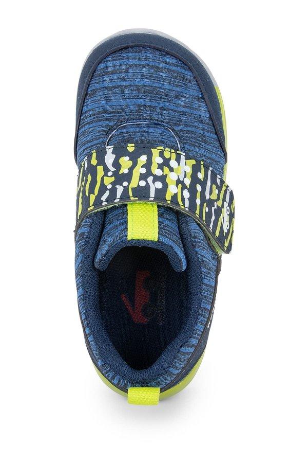 儿童休闲运动鞋