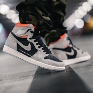 Free Shipping Sneaker On Sale @ Stadium Goods