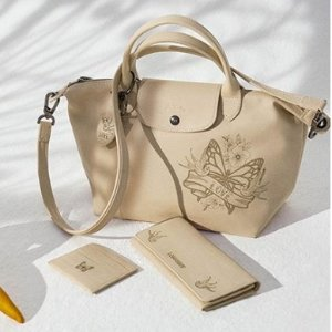 Free $20 Gift Card with Every $100 Purchase Longchamp Bags @ Bloomingdales