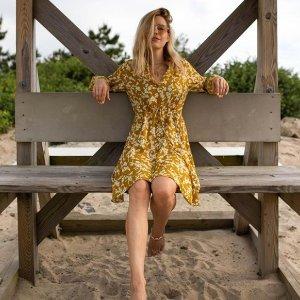 低至2.5折Lord + Taylor 精选夏季美裙热卖