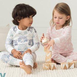 7.5折 18个月到4岁尺寸都可选aden + anais  婴幼儿睡衣特惠 扎克伯格家也用这个品牌