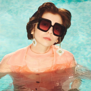 3折起 Gucci墨镜£90 收Jennie同款合集:大牌墨镜 近期折扣最全指南 春夏必备 Gucci、YSL、GM在线