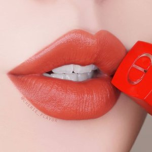 Dior花瓣哑光唇釉#635