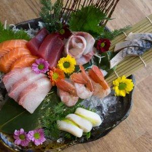 £22/40个寿司 £29/60个Nippon Izakaya 双人寿司套餐 60只寿司一次吃爽