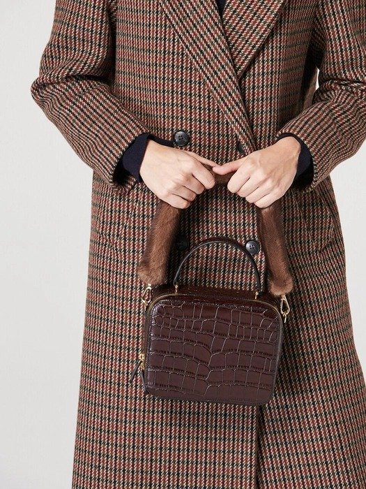 棕色手拿包