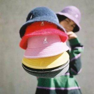 直接85折+5折 £20就收logo 鸭舌帽Kangol 惊喜折扣上线 超多经典款等你来 渔夫帽、贝雷帽、鸭舌帽都有