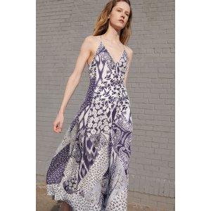 真丝吊带连衣裙