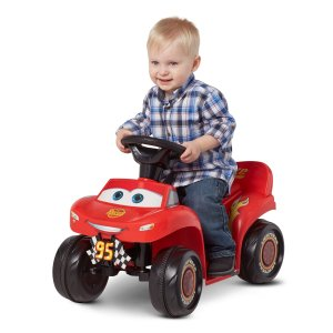6V Cars 3 Lightning McQueen Quad, Red (Styles May Vary)