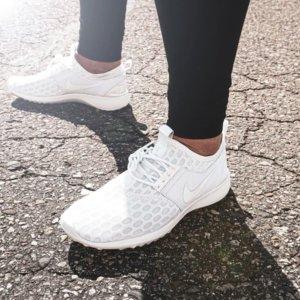 $40 (原价$70)Nike Juvenate 女士运动鞋 码全