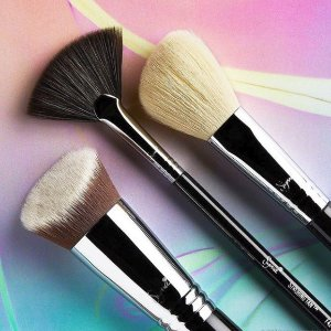 Extra 25% OffBrush Sets @ Sigma Beauty