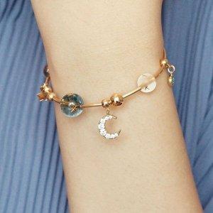 the apollo boxGalactic Moon Bracelet from Apollo Box