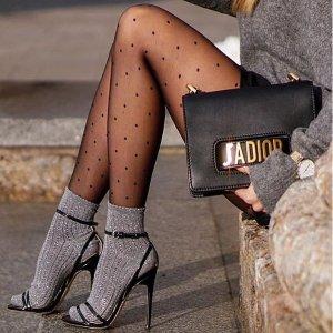 米兰达可儿,何穗,宇博同款圣诞倒计时:买4送1 Calzedonia 波点连裤袜可以有  高级的细节感