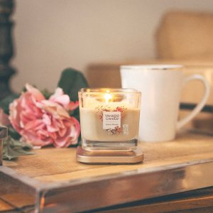 Buy 1 get 1 freeBlack Friday Sale @ Yankee Candle