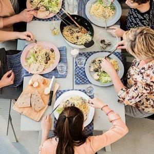 每位 $12.99IKEA 6月15日瑞典仲夏自助餐活动