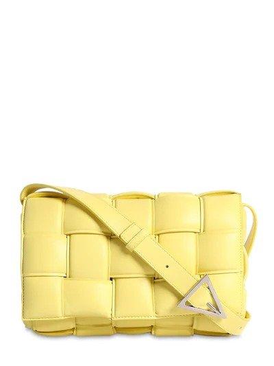 黄色枕头包