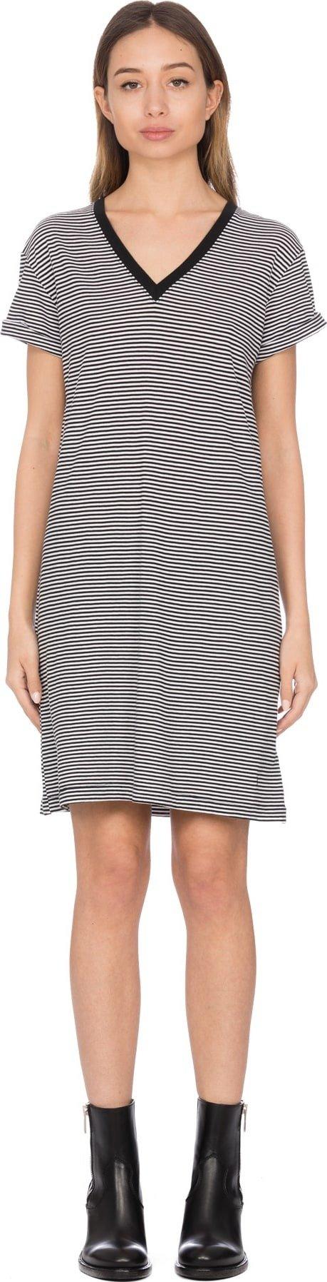 条纹T恤裙