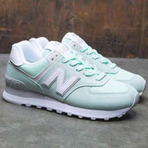 Up to 37% Off New Balance Women Shoes @ Saks Off 5th