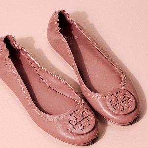 最高送$300礼卡延长一天:Tory Burch 名媛风手袋、鞋履等促销